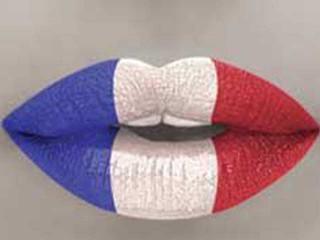 France drapeau Levres